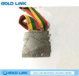 Récompense courante gravée en relief de chemin de médaille de marathon fait sur commande de médaille en métal