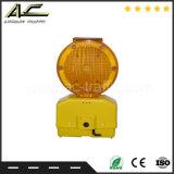 Feu clignotant ambre bon marché de prix usine avertissant la lumière solaire de barricade