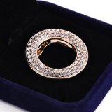 Inarcamento della sciarpa del diamante dell'anello
