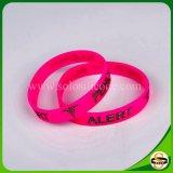 Wristband professionale del silicone di fabbricazione con incandescenza nello scuro
