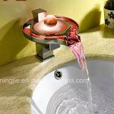 Faucet de vidro de venda quente da cachoeira do banheiro do cromo
