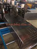 機械、機械、金網Cabletrayを作る穴があいたケーブル・トレーを形作る鋼板のケーブル・トレーロール