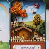 Casa de madera de DIY en rectángulo del hierro con los juguetes educativos