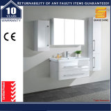 Unità fissata al muro di vanità della stanza da bagno della lacca del MDF con l'indicatore luminoso del LED
