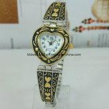 Montres de montres pour femmes Montre bracelet en argent antique pour Lady Girl