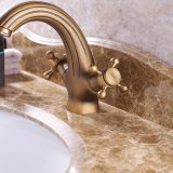 Flg Antique Bathroom Basin Mixer com alavancas duplas