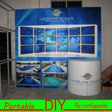 Toont de Draagbare Modulaire Handel van de douane Tentoonstelling AchterMuur met Planken