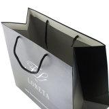 Bolsa de compras de papel personalizados con papel reciclado.