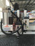 Carregamento automático do ATC e descarregamento da máquina do Woodworking