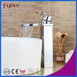 Fyeerの大きい口の滝の混合弁の浴室の滝の洗面器のコック