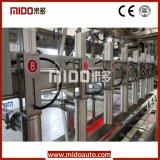 8 pistas arriba automáticas abajo cargan la máquina de rellenar embotelladoa