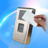 Controlador à prova de intempéries do acesso da impressão digital com o leitor de cartão interno da identificação