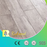 12.3mm HDFの木製の寄木細工の床の材木のV溝があるビニールの板の積層物のフロアーリング