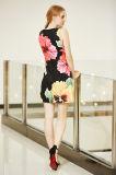 O vestido novo o mais atrasado da impressão da colocação de Digitas da forma no teste padrão de flor grande