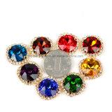 Het met de hand gemaakte Ronde Kristal naait op het Plaatsen van de Klauw de Parels van het Bergkristal (sW-om 16mm)