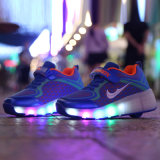 2016 man dreht Schuh-Sport-Kinder einziehbare des Rollen-Rochen-Schuh-Turnschuh-Sport-LED helle Rollen-Schuh-Qualitäts-heiße des Verkaufs-LED