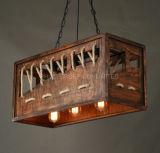 De houten Vierkante Kroonluchter Van uitstekende kwaliteit van de Winkel van de Staaf van de Decoratie Creatieve