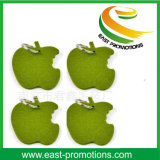 緑のAppleはポリエステルによって感じられたキーホルダーを形づけた