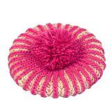 アクリルPOMのPOMによって編まれる帽子