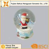 Globo da neve da Poli-Resina, esfera da água da lembrança, globo de vidro da água