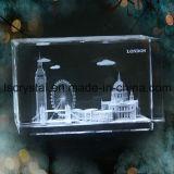 лазер 3D гравируя пустой кристаллический кубик стеклянного блока для сувенира