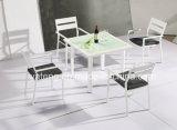Neue Entwurfs-Qualität billig 4 Leute-im Freienmöbel des quadratischen speisenden Sets