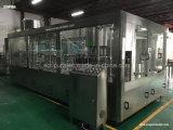 De sabores Agua Mineral Embotellado Máquina / 3-en-1 Monobloc de llenado de la máquina