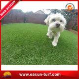 犬のための環境に優しいリサイクルされた人工的な草のマット