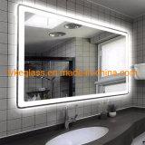 Banho de luz LED inteligente iluminado com luzes do espelho /o Relógio digital/Bluetooth/Desembaciador/Tela Sensível ao Toque