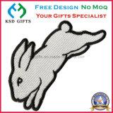 토끼 디자인 철 역행 직물 패치 100%는 수를 놓았다