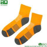 Polyester-Baumwollgroßverkauf-Mann-Kleid-Socken 100%