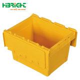Moviendo la caja de almacenamiento de plástico con tapa con bisagras