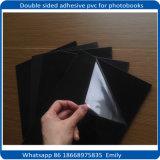 堅いアルバムはシート自己接着PVC黒い白を壁紙を張る