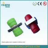 光ファイバFCより低いIl 0.15dBが付いている正方形の固体金属の光ケーブルの合う袖のアダプター