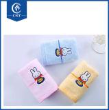 Da boa qualidade do branco do algodão do hotel toalhas 100% de face lisas macias feitas sob encomenda