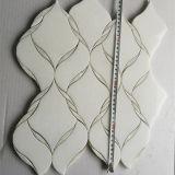 Mosaico blanco del shell de Thassos del azulejo Waterjet del mármol del diseño de la flor de la buena calidad