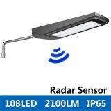 réverbère imperméable à l'eau extérieur actionné solaire de l'économie d'énergie 15W de lumière de mur de détecteur de mouvement du radar 2100lm