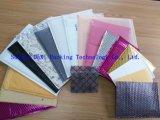 着色されたエアクッションの膜の衣類の包装