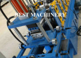 PLC는 기계를 형성하는 Omega 단면도 롤을 통제한다