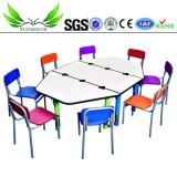 Estudo de cor vermelha mobiliário infantil Mesa com cadeira (KF-49)
