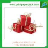 절묘한 크리스마스 선물은 아이를 위한 선물 포장지 상자를 디자인했다