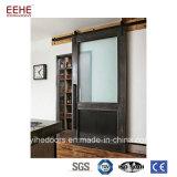部屋ディバイダ現代様式の納屋の大戸