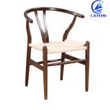 Foshan 공장 가격 쌓을수 있는 금속 프랑스 식사 의자