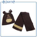 Оптовые Beanie и перчатка шарфа Knit связали комплект