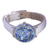 Il reticolo blu e bianco 3ATM della porcellana impermeabilizza la vigilanza degli uomini del cuoio genuino