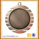 旧式なたる製造人は使用された端の雲の形亜鉛合金のブランクの挿入メダル賞を懇願した