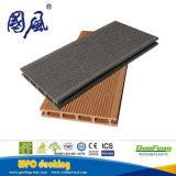 Водоустойчивая классицистическая древесина и пластичная составная поверхность зашкурили Decking WPC