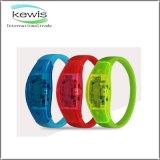 Wristband del silicone stampato ABS chiaro del silicone del LED con la batteria