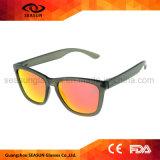 Óculos de sol 2018 elegantes na moda dos vidros do olho de gato do vintage UV400 para mulheres dos homens