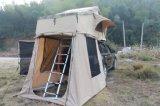 Tentmaker tenda esterna per terra delicatamente gialla e verde della parte superiore del tetto dell'automobile